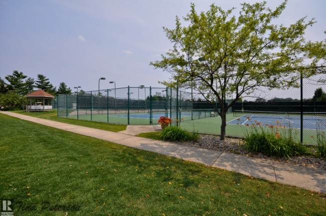 Oak Pointe Tennis Courts